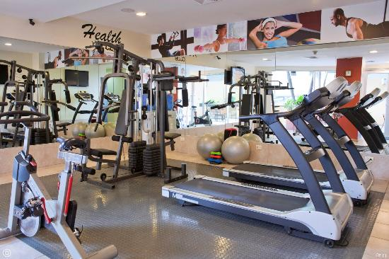 Howard Johnson Hotel Guayaquil: Exercise Room / Cuarto de ejercicios