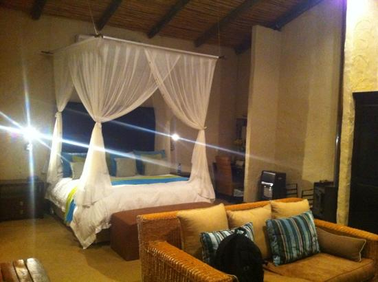 Woodall Country House and Spa: camera da letto suite 10