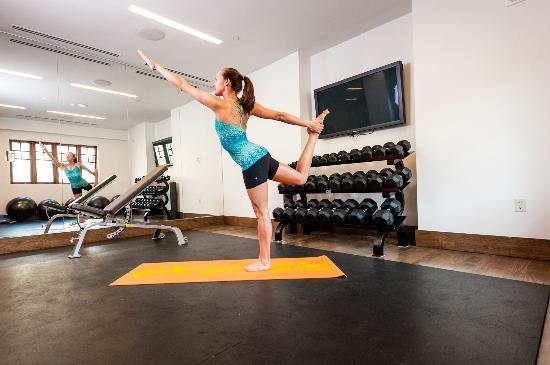 Solaris Residences: Private Yoga - Fitness