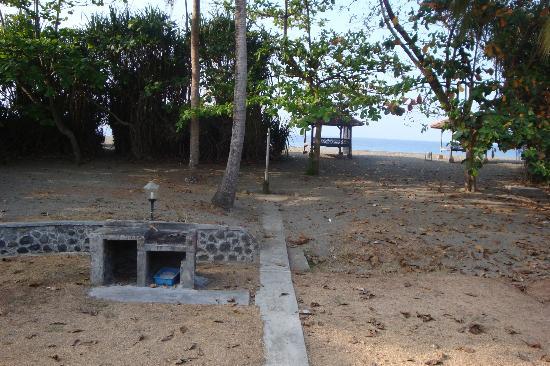 Ocean Queen Resort: Convenient for beach and bbq