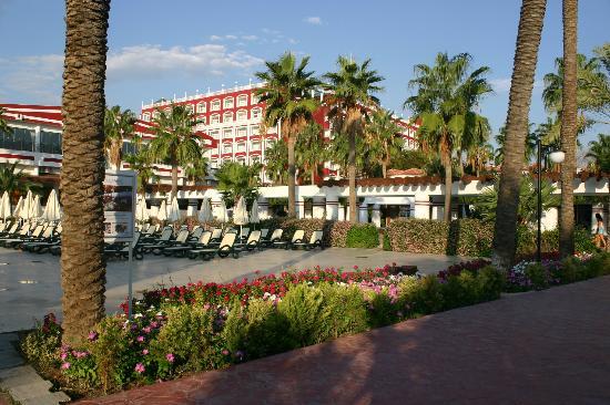 PGS Hotels Kiris Resort: Главное здание