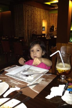 Thirty Resto Bar (Club Thirty): Even the kids enjoy the food