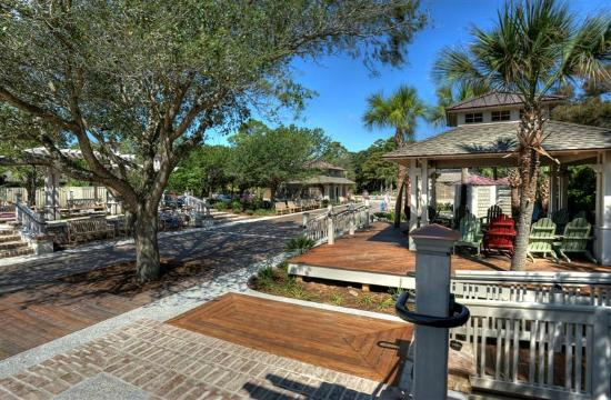 Sands Village At North Forest: Coligny Beach Park