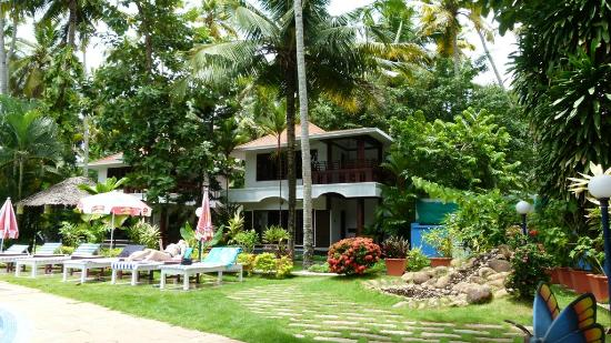 Akhil Beach Resort: Pool View Cottage