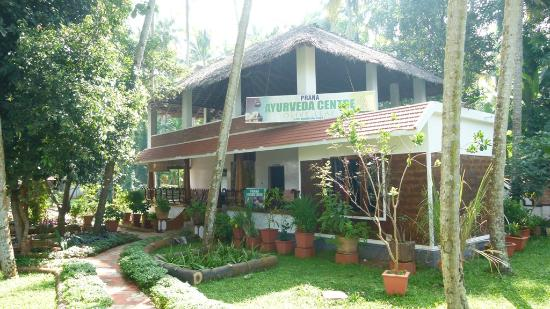 Akhil Beach Resort: Ayurvedic treatment