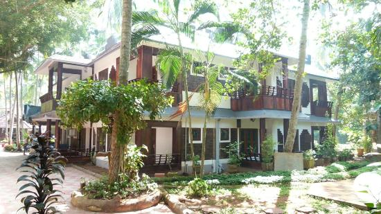 Akhil Beach Resort: De Luxe Rooms