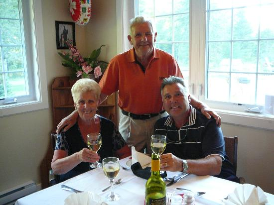 Big Intervale Fishing Lodge: Family Birthday Dinner