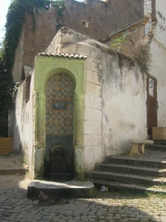 ‪‪Kasbah of Algiers‬: fontaine