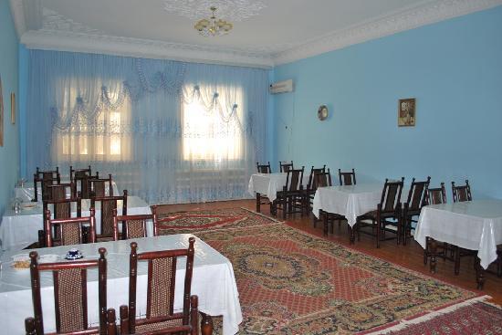 Isakjan-Umidabonu (Isak Hodja): Restaurant of hotel