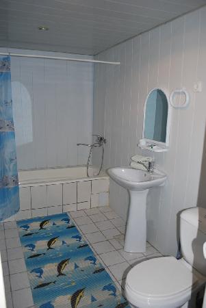 Isakjan-Umidabonu (Isak Hodja): Bathroom of room