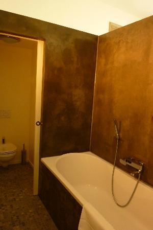 Villa Bayard: Our Bathroom