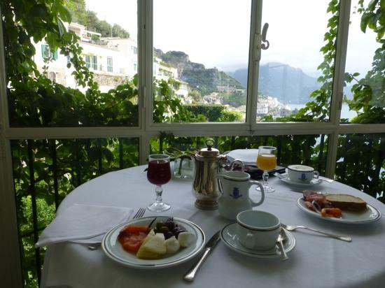 Santa Caterina Hotel: breakfast!