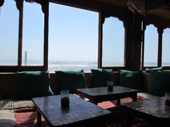 Star Of Dahab Hotel: Relaxing area, breakfast dining room.