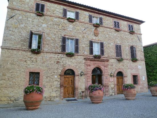 Hotel Borgo San Felice: One of the hotel buildings