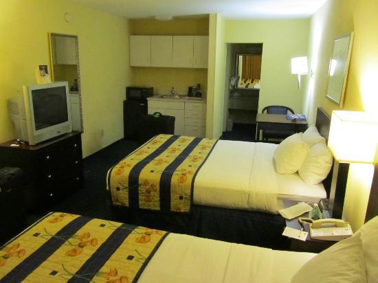 Best Western Annapolis : Zimmer mit Küchenzeile