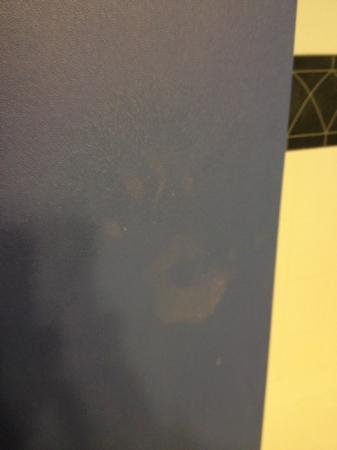 DoubleTree by Hilton Hotel Buffalo - Amherst: handprint
