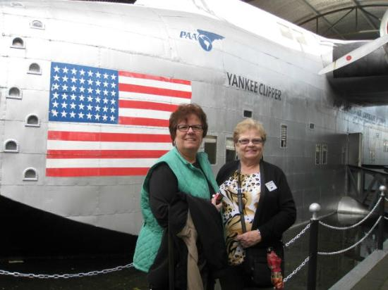 Foynes Flying Boat Museum: Going to tour flying boat