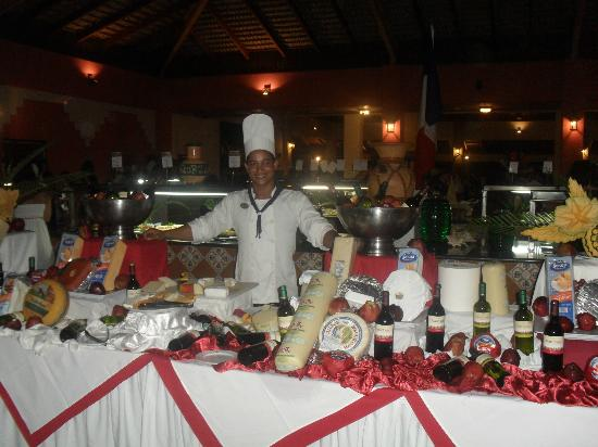 Caribe Club Princess Beach Resort & Spa: A right selection of cheeses.