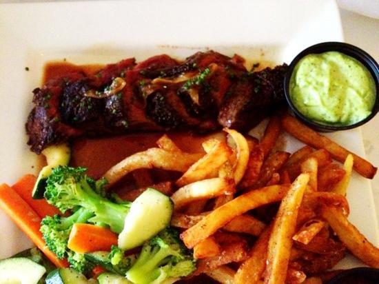 La Frite Belgian Bistro : La Frite Hangar Steak