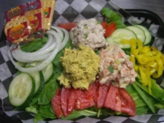 Harbor Deli: Salad Trio Coldplate