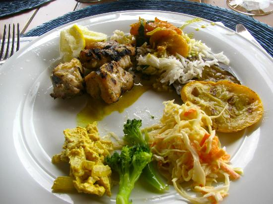 The Pavillion at Little Dix Bay: Delicious! Grouper, Jasmine Rice, Grilled Veggies, Curried Chix Salad