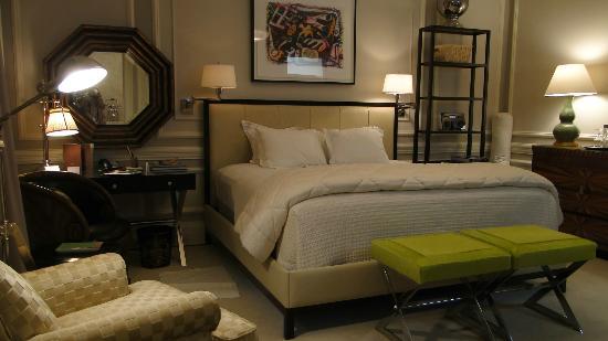Glenmere Mansion: Habitación con cama extragrande