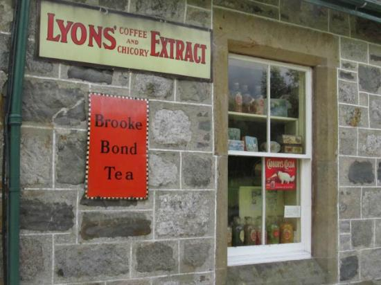 Highland Folk Museum: a shop from the 19th century