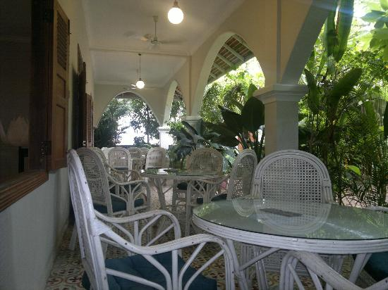 The Starfish Bakery & Cafe: The Bakery Veranda a cool haven from the heat.