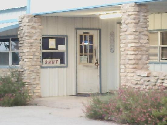 Elm Creek Village: front of store/cafe