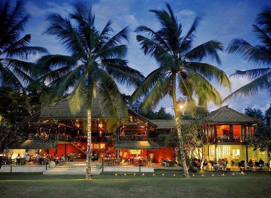 La lucciola seminyak restaurant reviews phone number for Bali accommodation recommendations