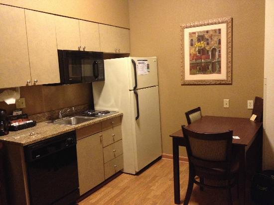 Homewood Suites by Hilton Austin South: Kitchen