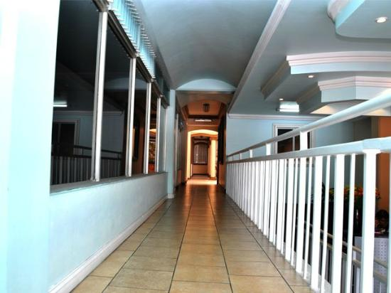 Hotel Eskalima: Área Común