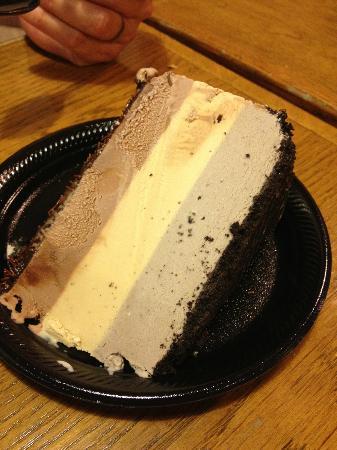Bubbies Homemade Ice Cream : Ice cream pie