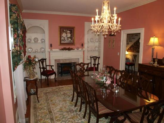 Johnston, SC: Formal Dining Room