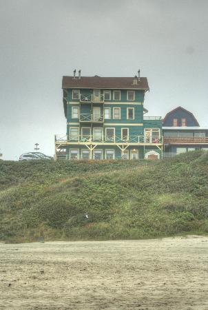 Sylvia Beach Hotel from the beach