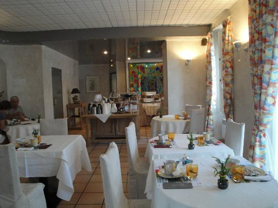 Hôtel de l'Avenue : Restaurant and breakfast room
