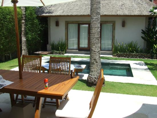 Villa Sasoon: 1 of 2 bedroom buildings