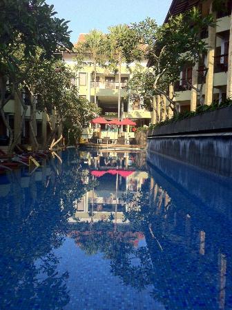 All Seasons Legian Bali: プール