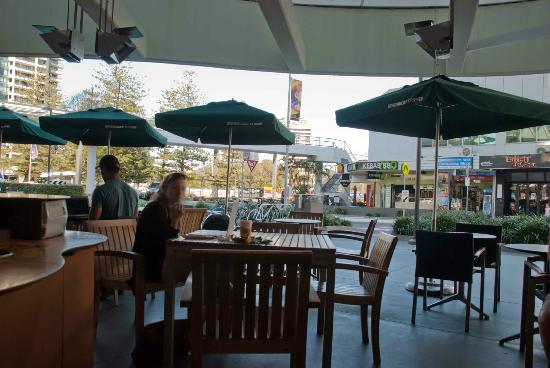 Starbucks Broadbeach