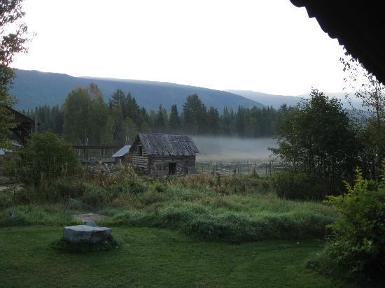 Nakiska Ranch: Early morning before sunrise.