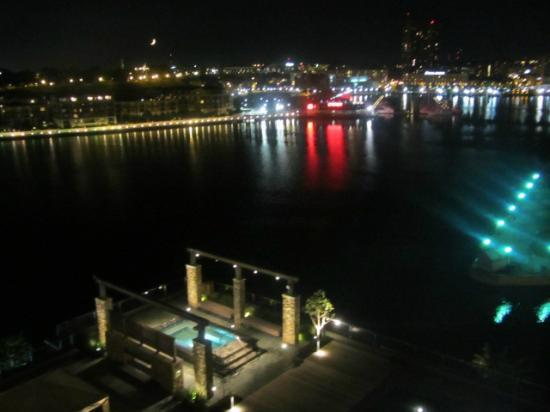 Four Seasons Baltimore: night views