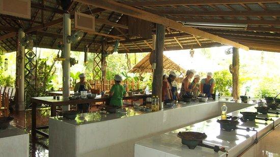 Saraphi, Tailandia: Open air