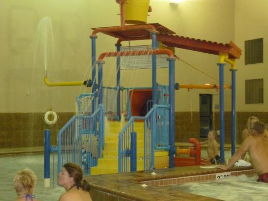 Holiday Inn Express & Suites Sioux Falls - Brandon: kid's play area