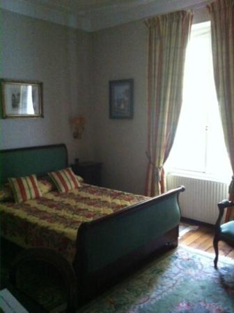 Domaine du verbois : Great value room with Traditional furniture