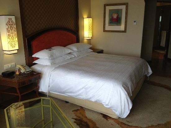 Sheraton Imperial Kuala Lumpur Hotel: la chambre