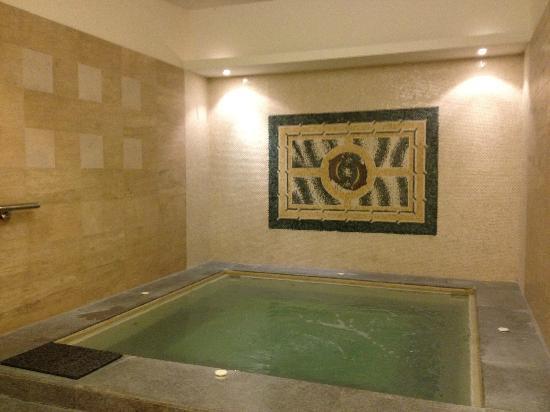Holiday Inn Melaka : le bain a remous du spa