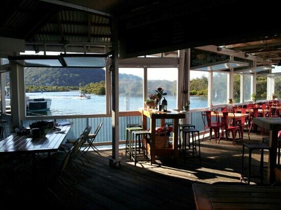 Woy Woy Fishermen's Wharf: dining room