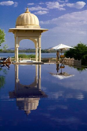 The Oberoi Udaivilas: Gazebo