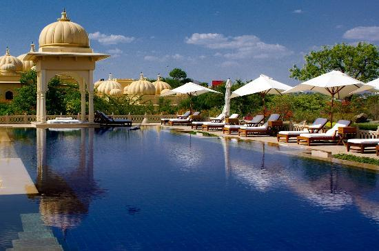 The Oberoi Udaivilas: Pool gazebo