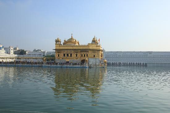 Akal Takht: Shri Harmandir Sahib in full glory